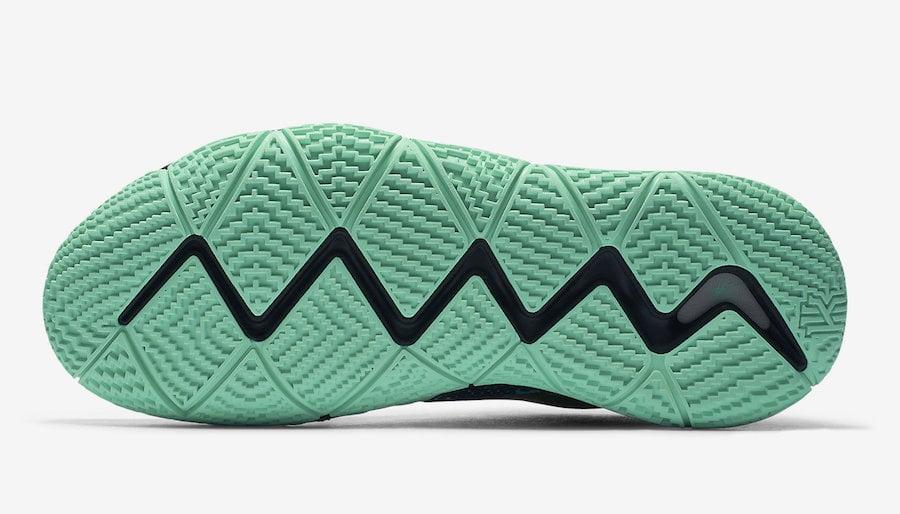 Nike Kyrie 4 Mamba Mentality AV2597-001