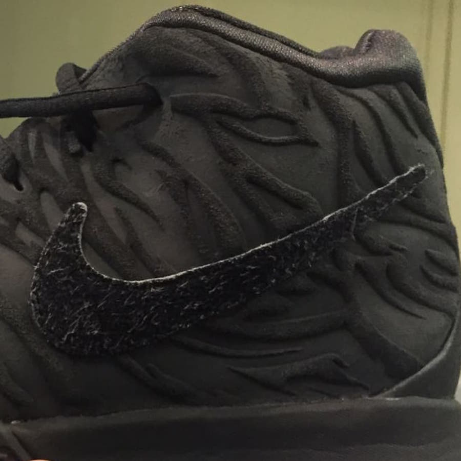 Nike Kyrie 4 Year of the Monkey 943807-011