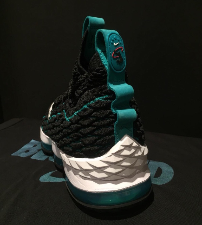new styles 096a1 cafea Nike LeBron 15 Griffey AR5126-001 Release Date | SneakerFiles