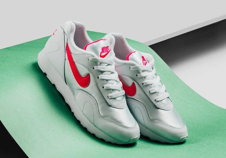 Nike Outburst OG Pack