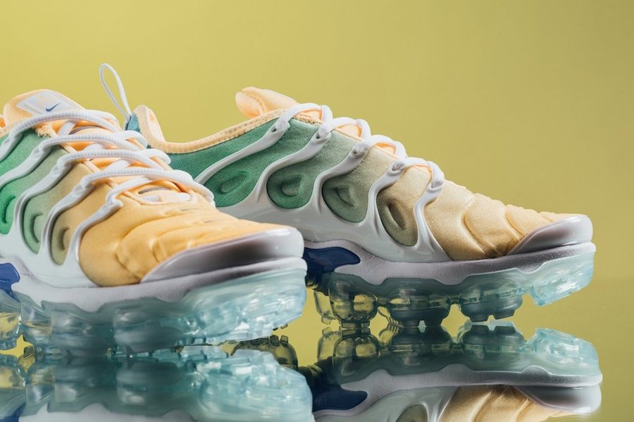 Nike VaporMax Plus Light Menta AO4550-100
