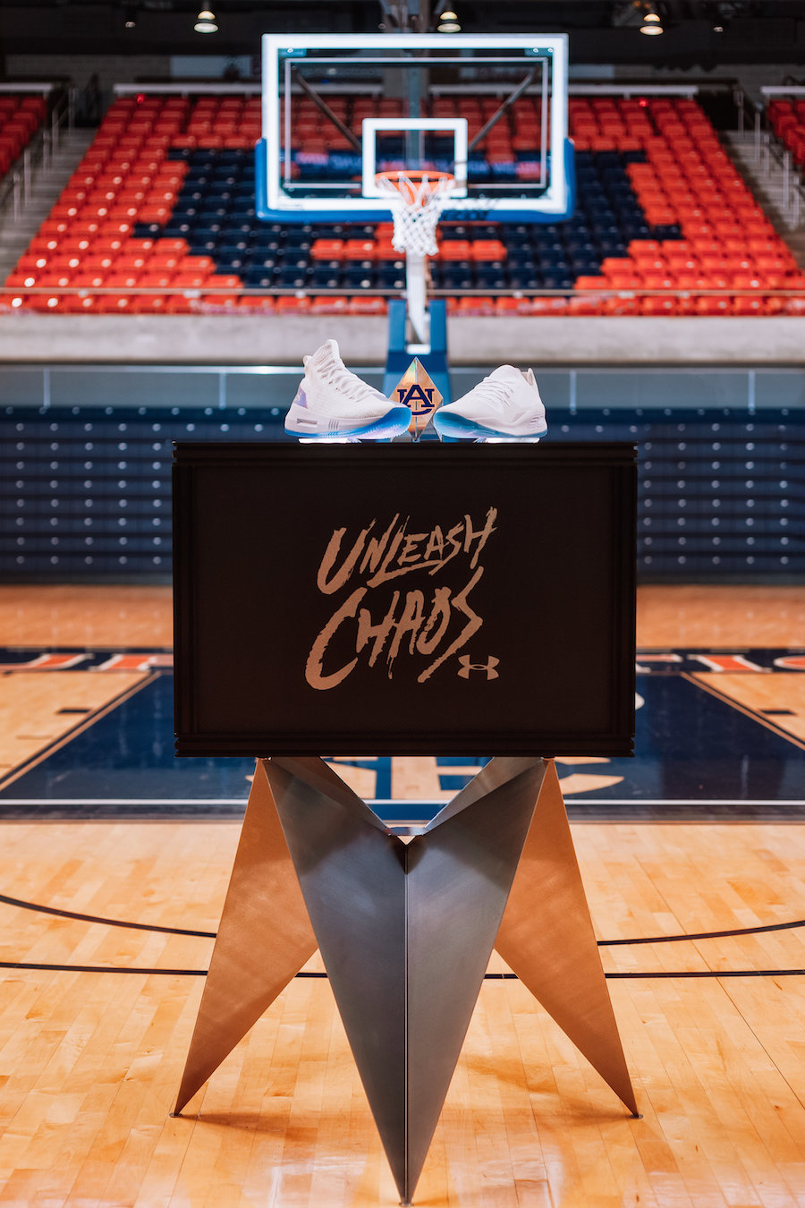 Under Armour Unleash Chaos Curry 4 Low Heat Seeker