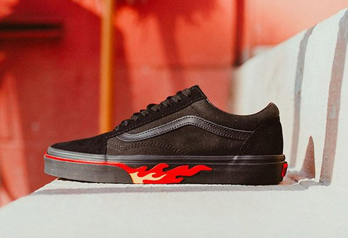 Vans Old Skool Flame Wall