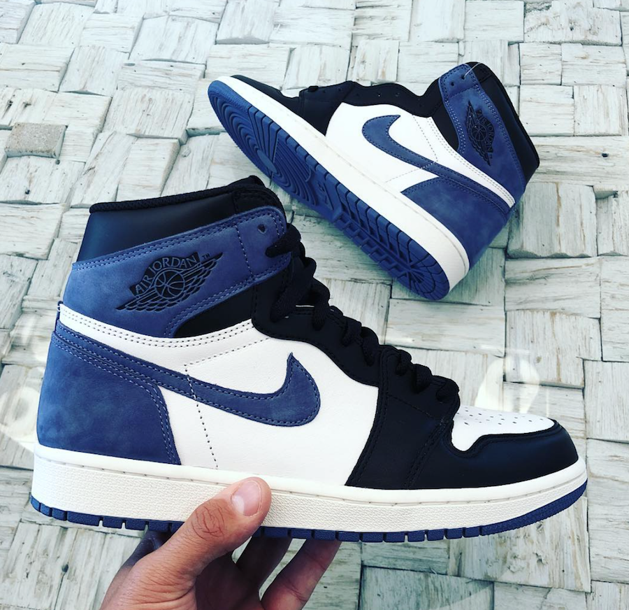 Air Jordan 1 OG Blue Moon 555088-115