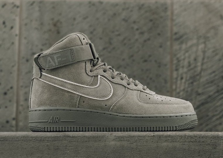 Nike Air Force 1 High Dark Stucco AA1118-002