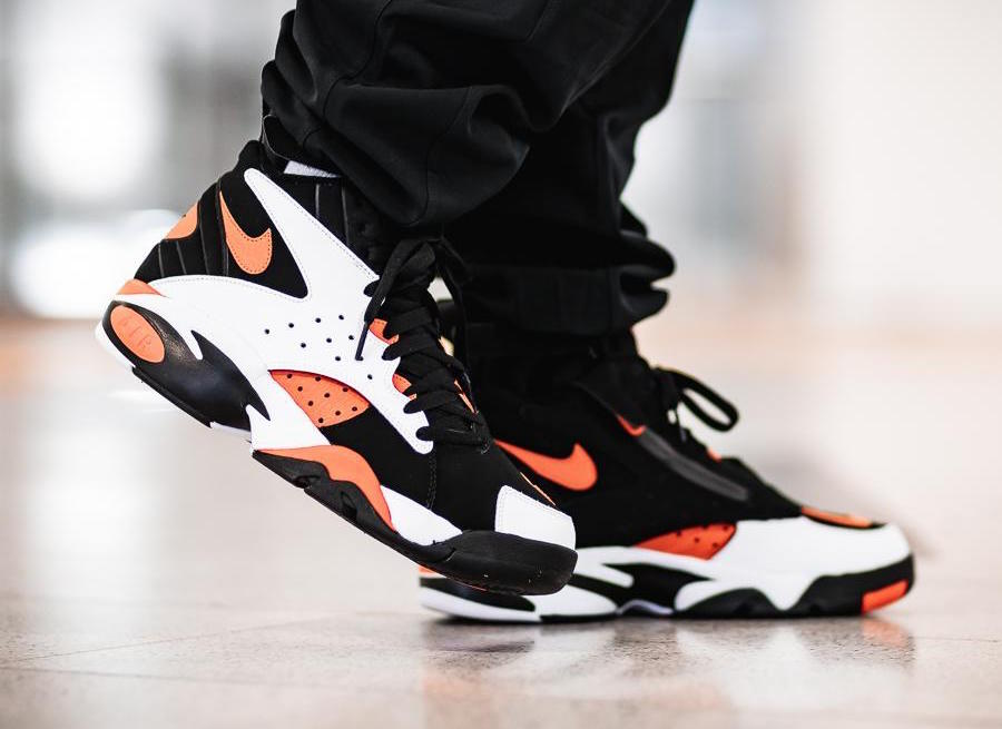 innovative design 01daf 26700 Nike Air Maestro II LTD Rush Orange On Feet