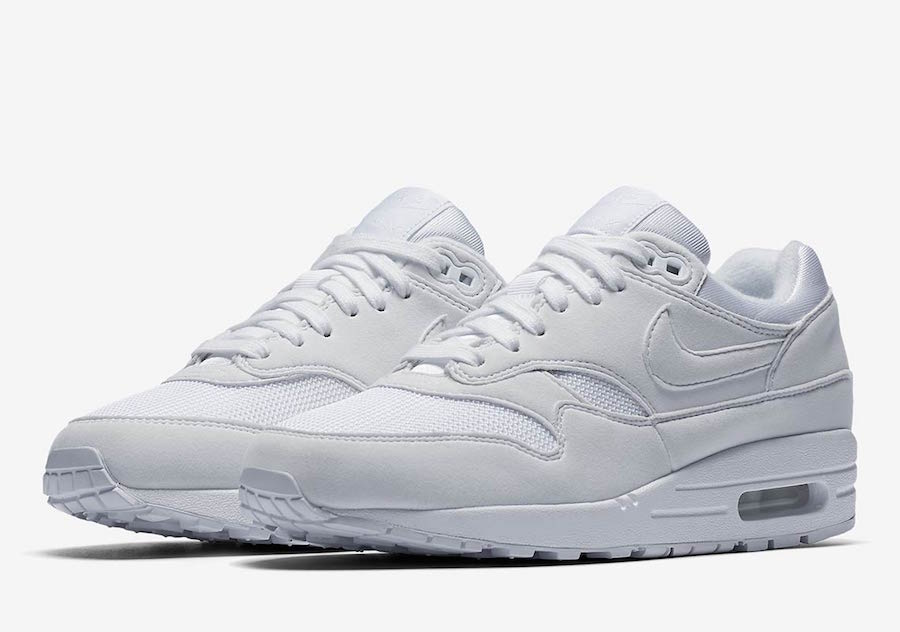 free shipping cf16c 22ca2 Nike Air Max 1 Triple White 319986-108