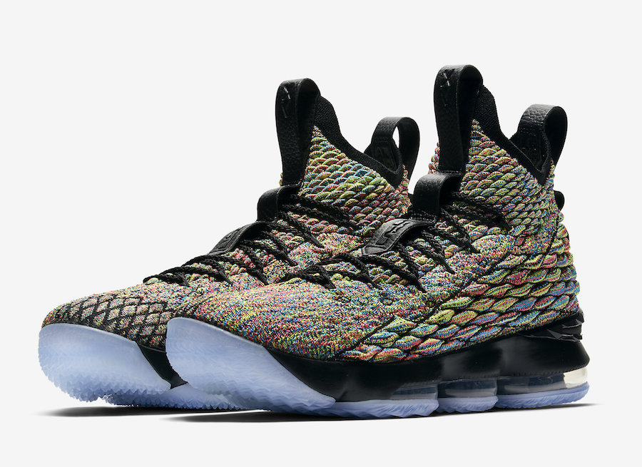 Nike LeBron 15 Four Horsemen 897648-901