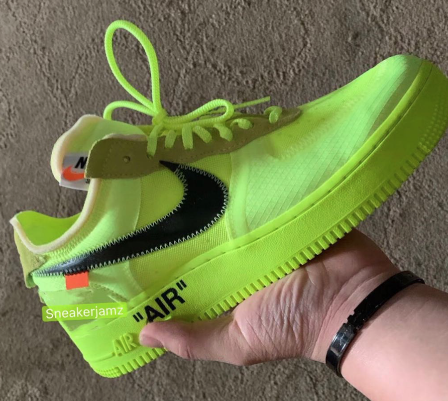 Off-White Nike Air Force 1 Volt AO4606-700