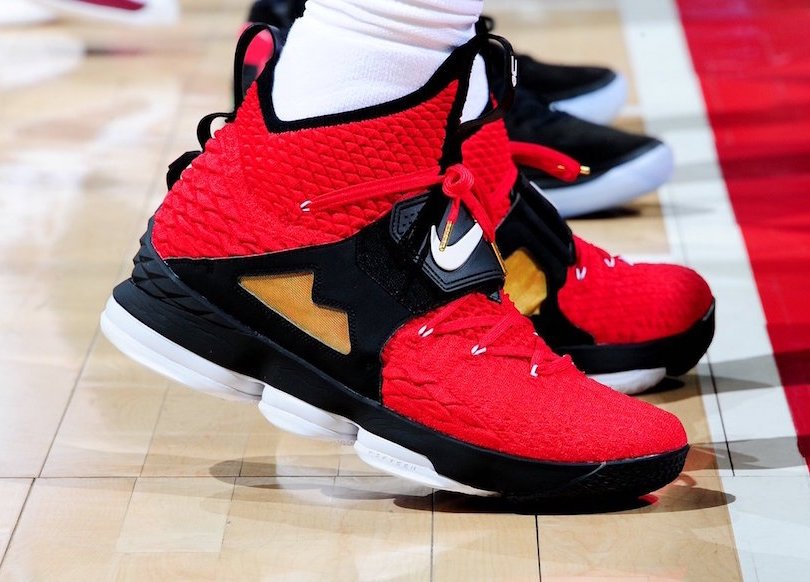 Red Diamond Turf Nike LeBron 15 Release Date