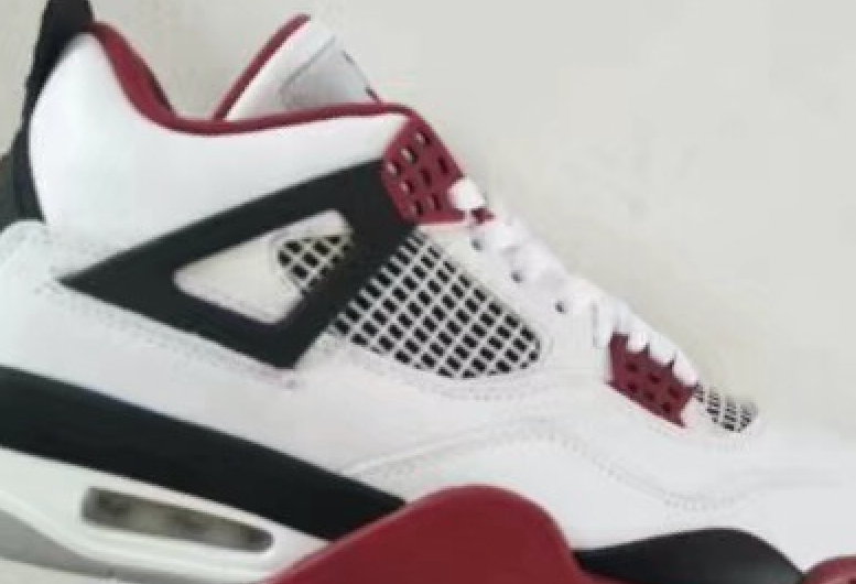 Air Jordan 4 Fire Red Retro 2019