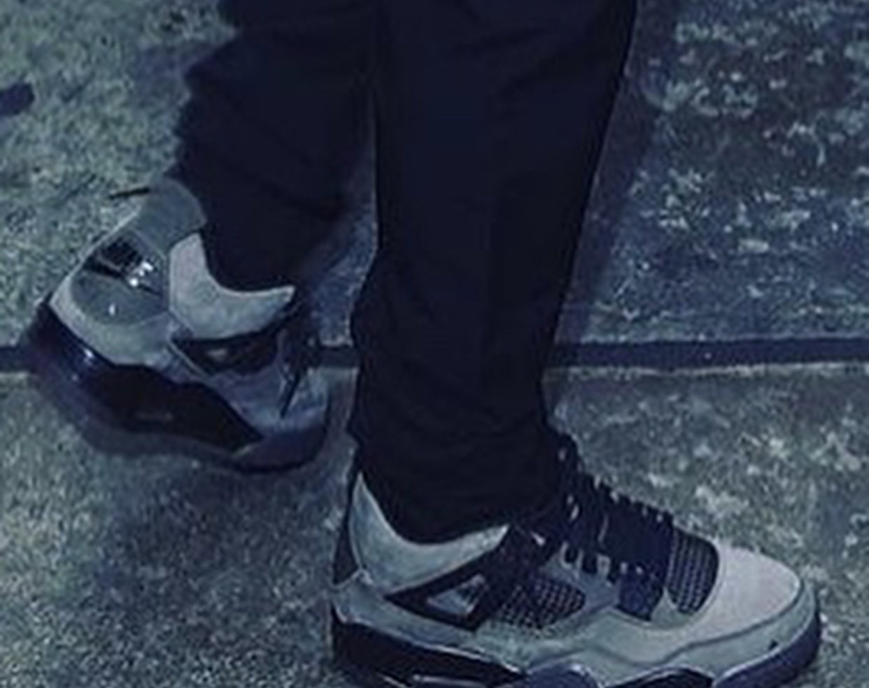 Travis Scott Air Jordan 4 Dark Grey Black