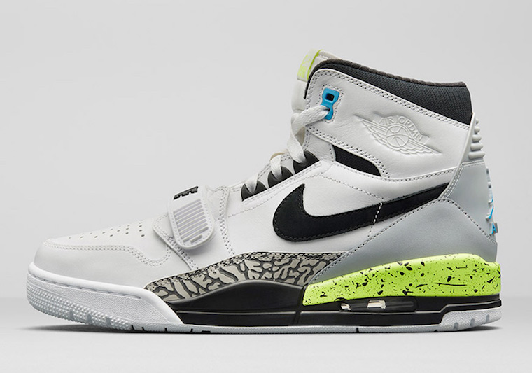 Jordan Legacy 312 Command Force AQ4160-107
