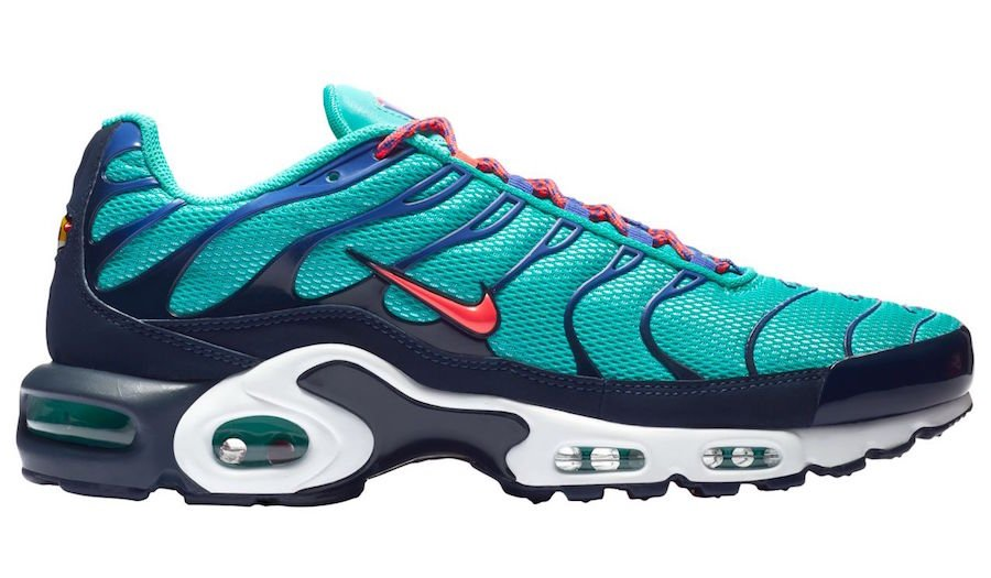 Nike Air Max Plus Hyper Jade Flash Crimson Obsidian