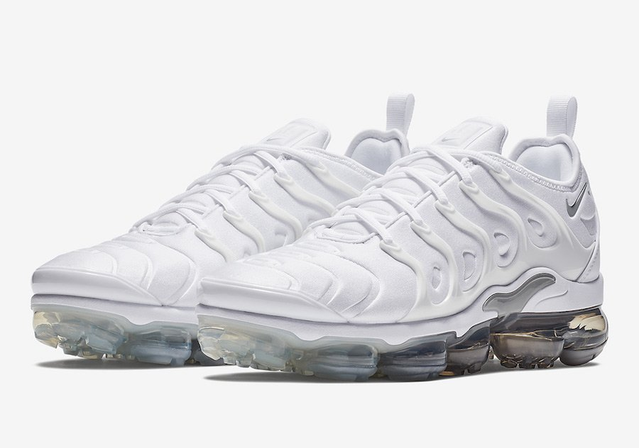 6ab059084af Nike Air VaporMax Plus Pure Platinum 924453-102