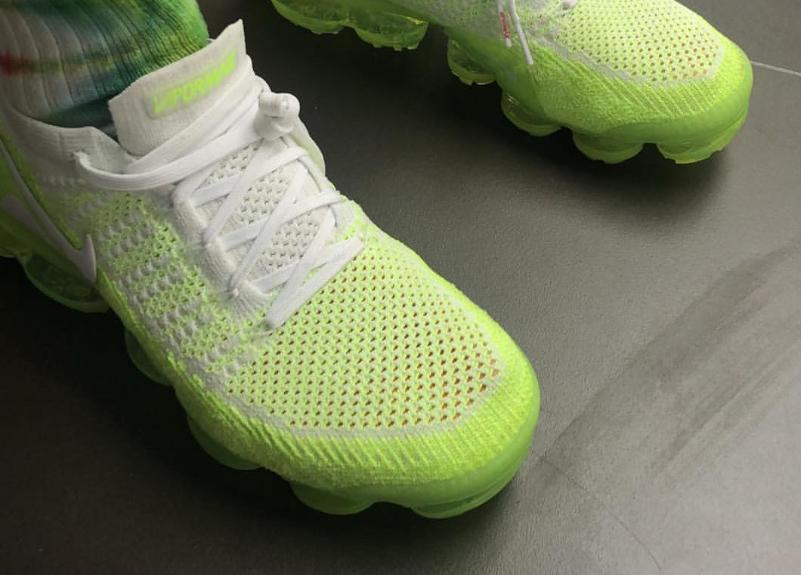 Highlighter Nike Air VaporMax Release Date