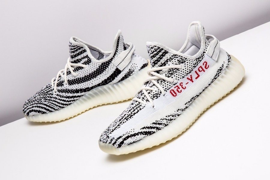 yeezy 350 v2 zebra fit