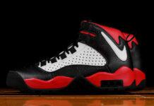 Nike Air Darwin Bulls Black White University Red AJ9710-001