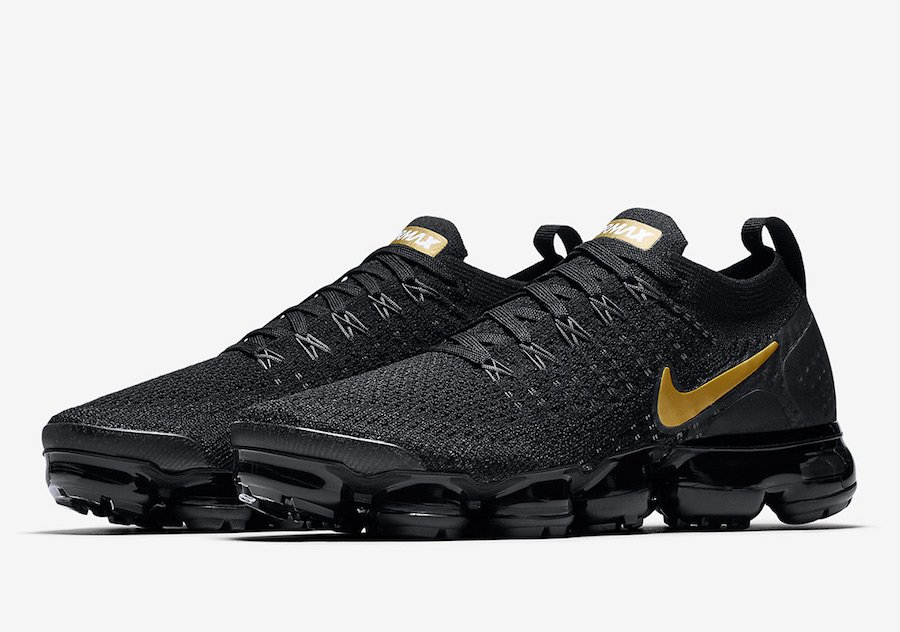 Nike Air VaporMax 2.0 in Black and Metallic Gold