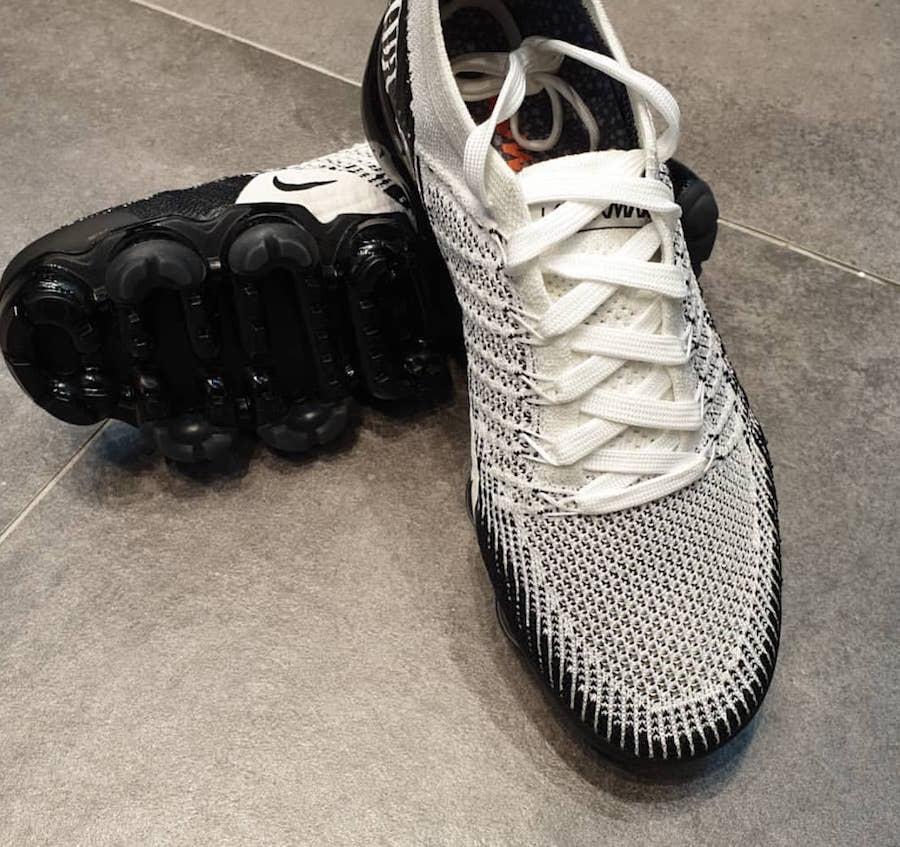 Nike Air VaporMax Zebra AV7973-100