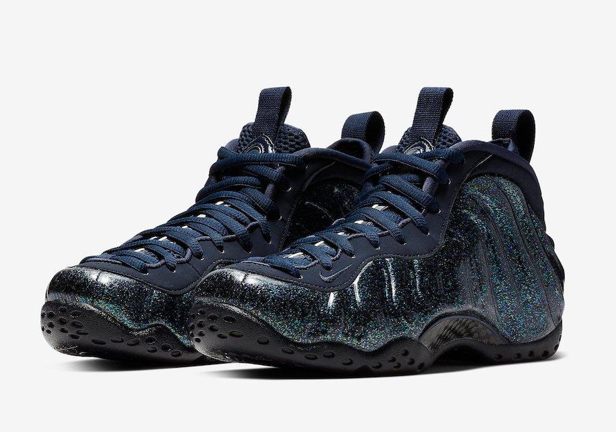 cheap for discount c2c4b aca0e Nike Air Foamposite One Obsidian Womens AA3963-400