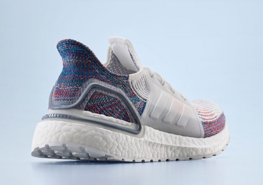 detailed look 89f10 adc15 adidas Ultra Boost 2019 Refract B37708 Release Date