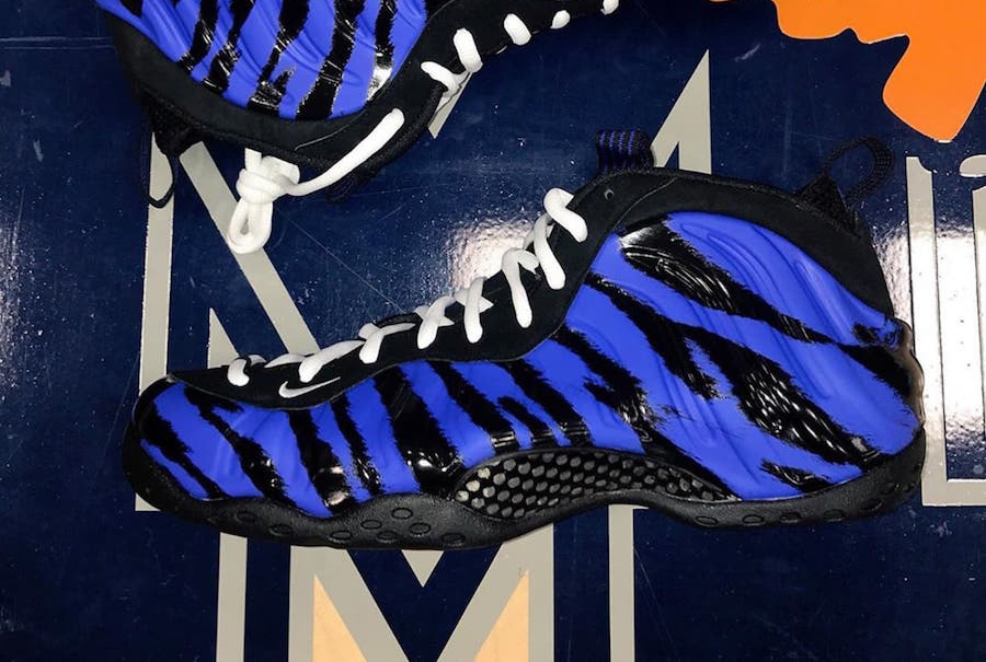 Nike Air Foamposite One Memphis Tigers PE