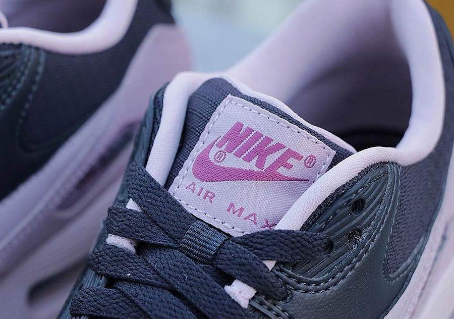 Nike Air Max 90 Plum Chalk Womens 325213-059 Release Date