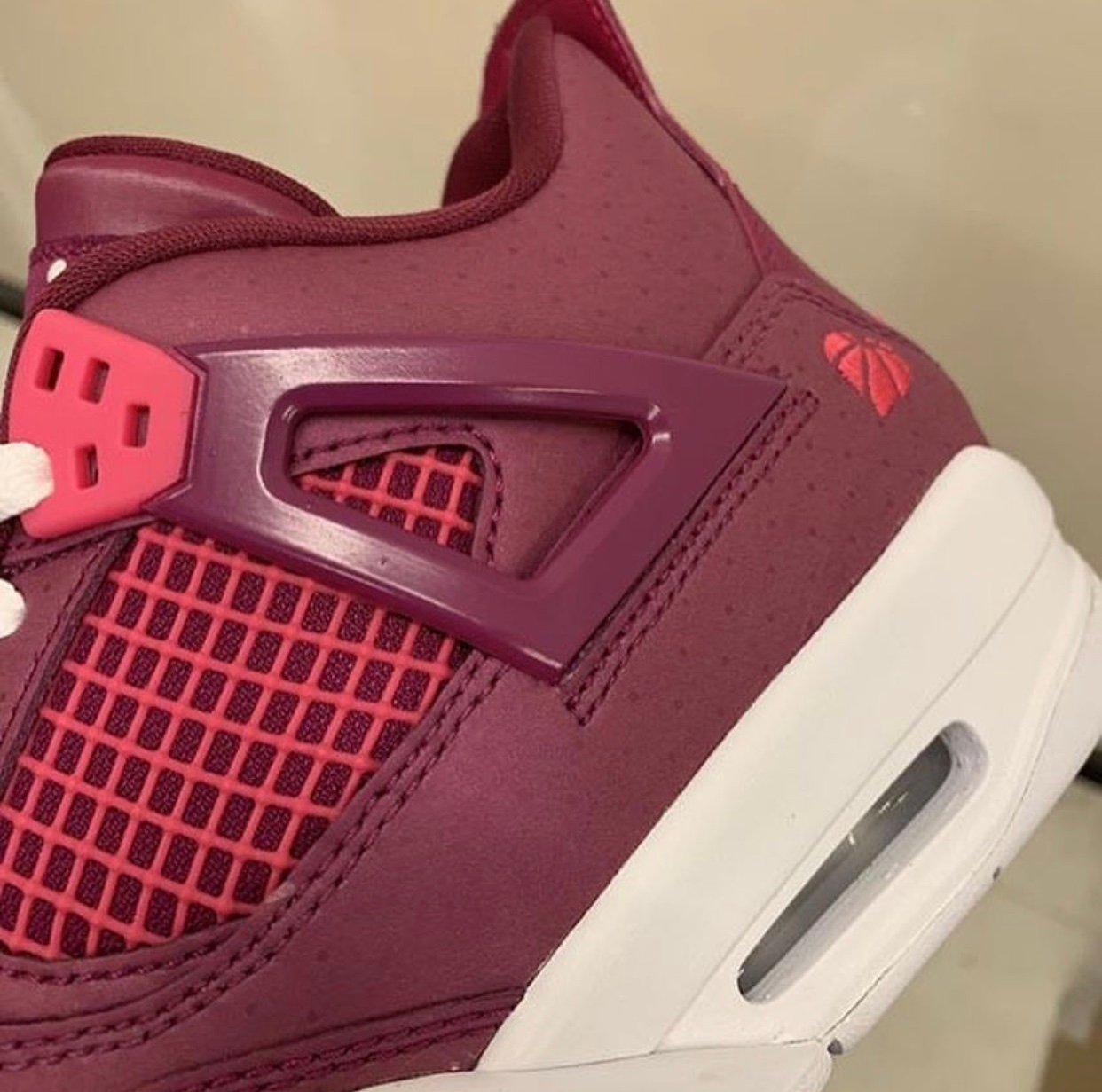 41c3b02c9f61 Air Jordan 4 True Berry Valentine s Day 487724-661 Release Date ...