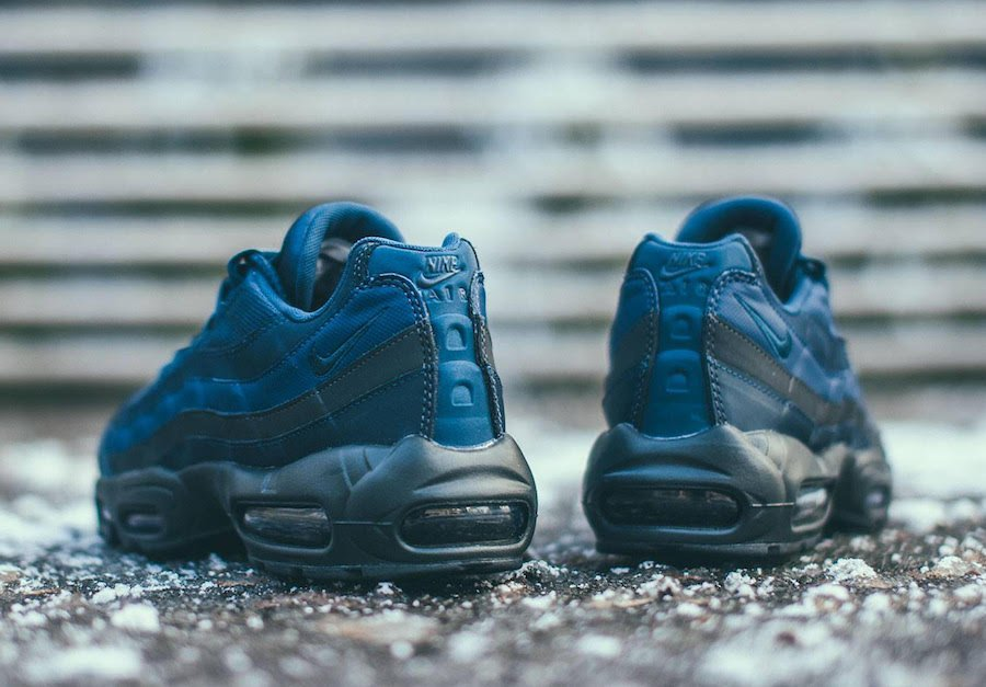 Nike Air Max 95 Essential Squadron Blue 749766-400 Release Date
