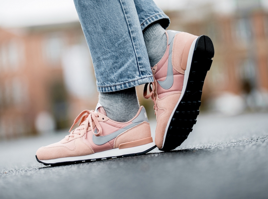 Nike Internationalist Rose Gold 828407-615 Release Date