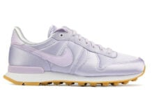 more photos 67d26 d4fa0 Nike WMNS Internationalist QS Satin in  Barely Grape