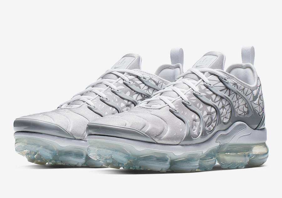 competitive price 41863 ae73b Nike Air VaporMax Plus Silver White 924453-106 Release Date ...