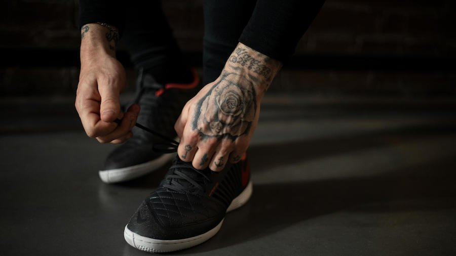 Nike LunarGato II Anthracite Ember Glow Release Date