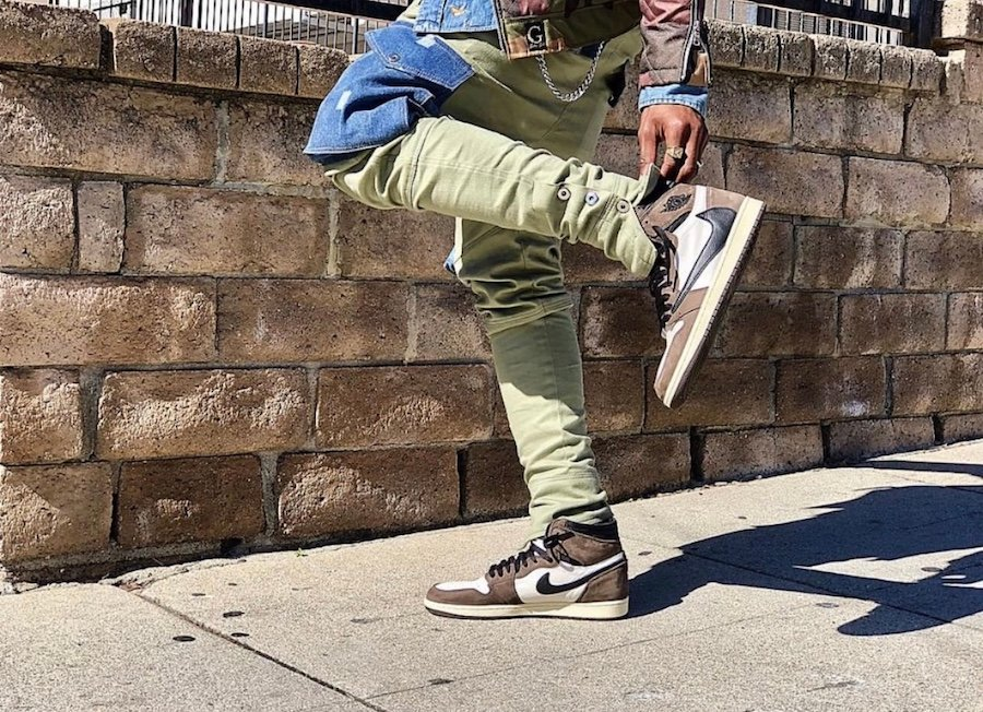 Travis Scott Air Jordan 1 Cactus Jack 2019 On Feet