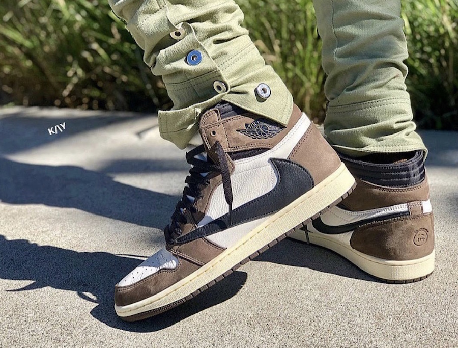 e42f43fec06f0 Travis Scott Air Jordan 1 Mocha CD4487-100 Release Date