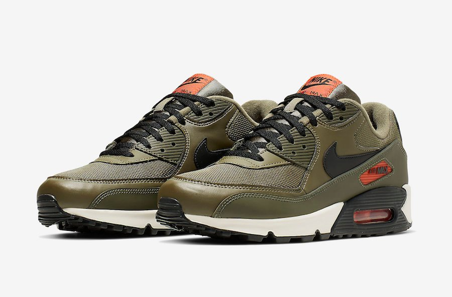 official photos 4f2b3 a3cb5 Nike Air Max 90 Essential AJ1285-205 Release Date