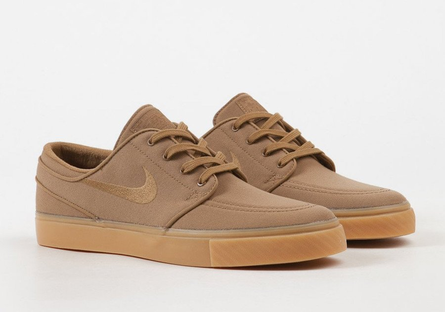 wholesale dealer 0eabf 586f0 Nike SB Stefan Janoski Golden Beige Gum Yellow