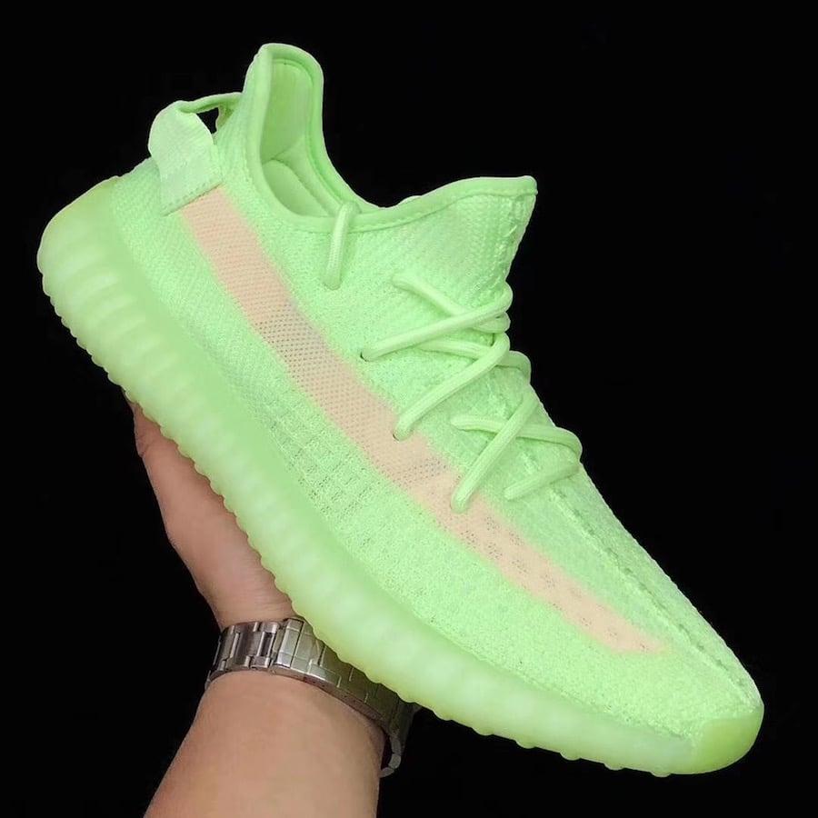 d2773ed41b102 adidas Yeezy Boost 350 V2 Glow in the Dark EG5293 Release Date ...