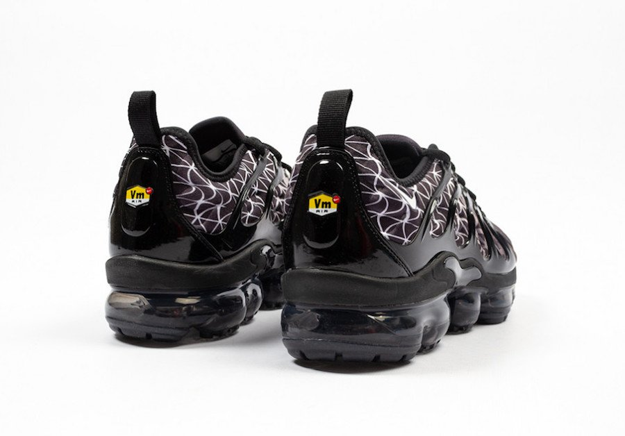 Nike Air Vapormax Plus Black White 924453 017 Release Date