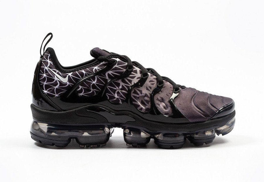reputable site c125f 25a0b Nike Air VaporMax Plus Black White 924453-017 Release Date ...