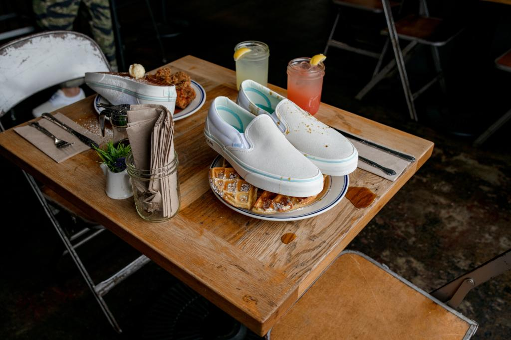 Sweet Chick Vans Era Slip-On Off The Waffles Pack
