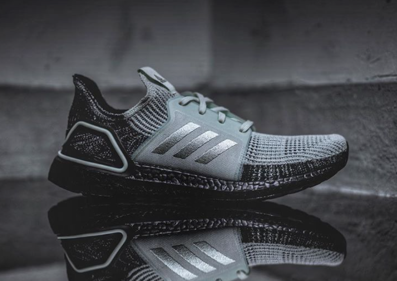 adidas Ultra Boost 2019 Oreo Black Boost