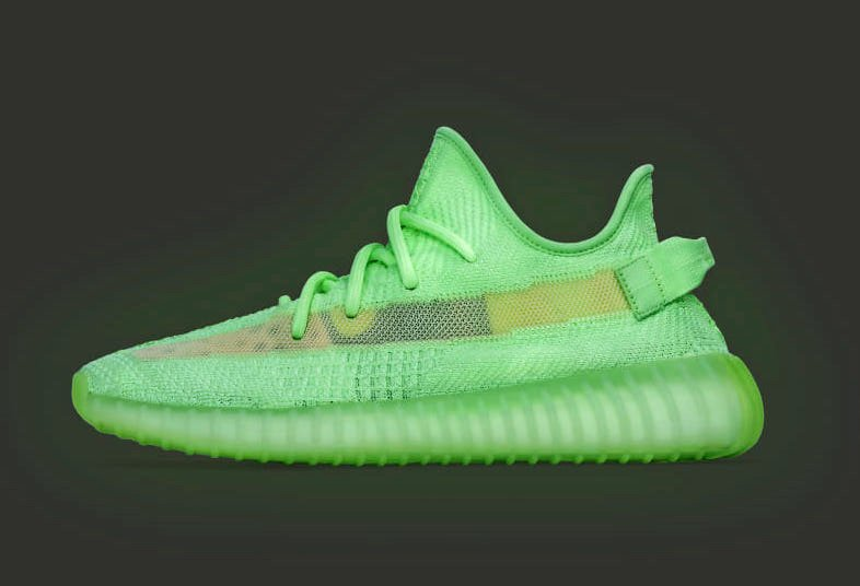 sports shoes e4ce6 b5c2d adidas Yeezy Boost 350 V2 Glow in the Dark EG5293 Release ...
