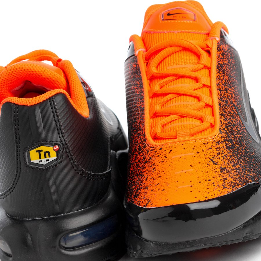 new product f205d fa1d0 Nike Air Max Plus Black Hyper Crimson CI7701-001 Release ...