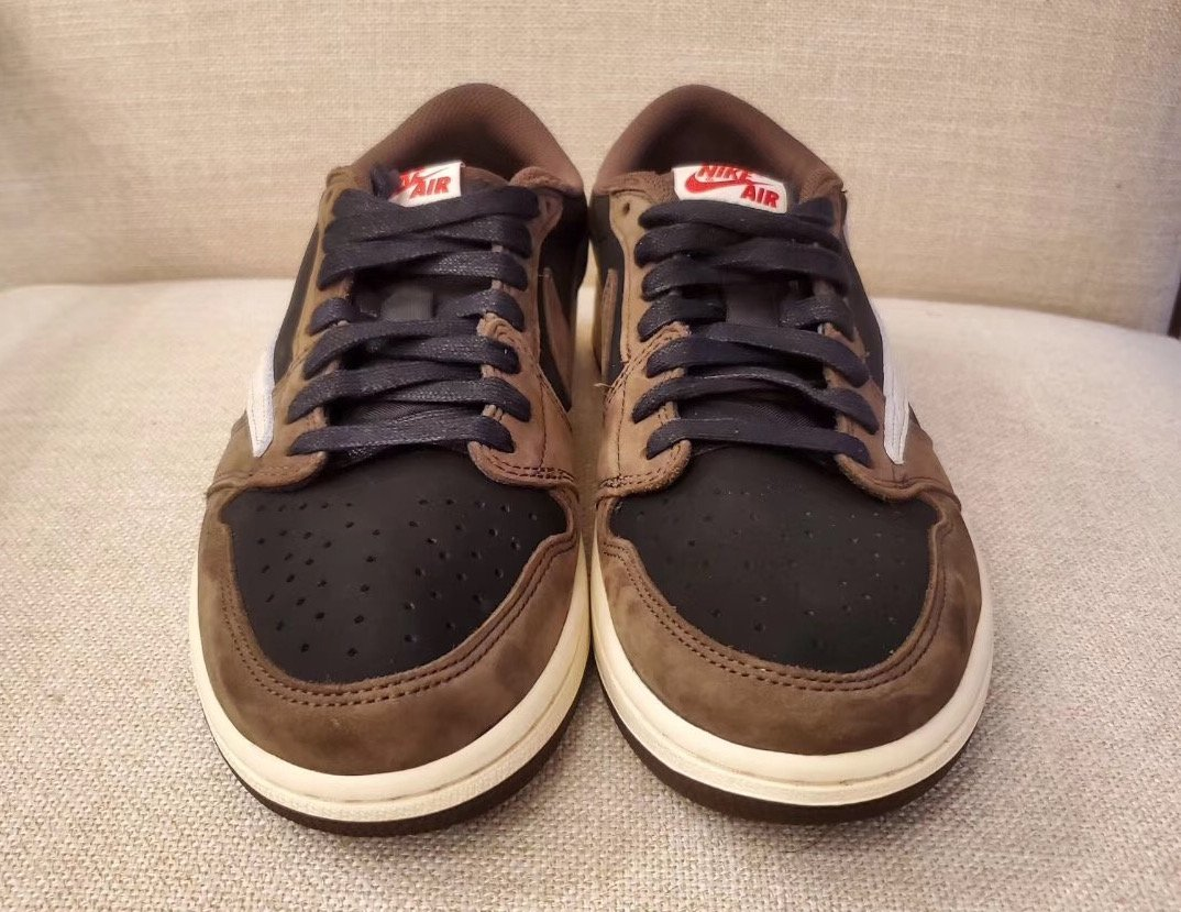 Travis Scott Air Jordan 1 Low CQ4277-001 Release Date Info