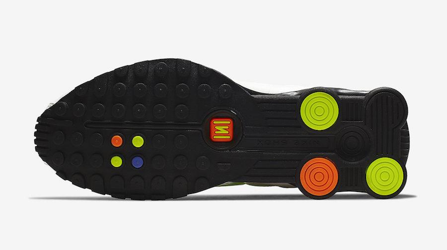 Nike Shox R4 White Flash CI1955-187 Release Info