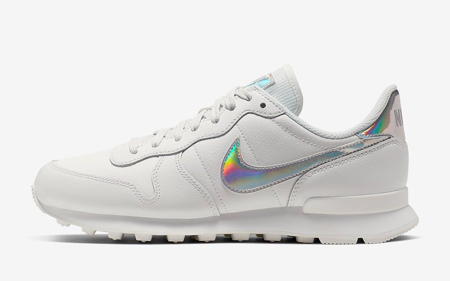 Nike Internationalist White Iridescent Pack CQ5427-100 Release Date