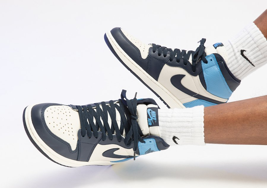 Air Jordan 1 UNC Obsidian University Blue 555088-140 On Feet