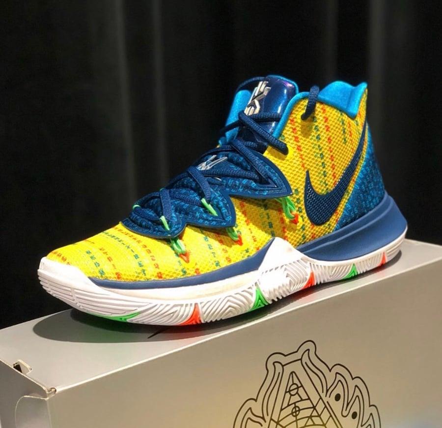 Nike Kyrie 5 Academy
